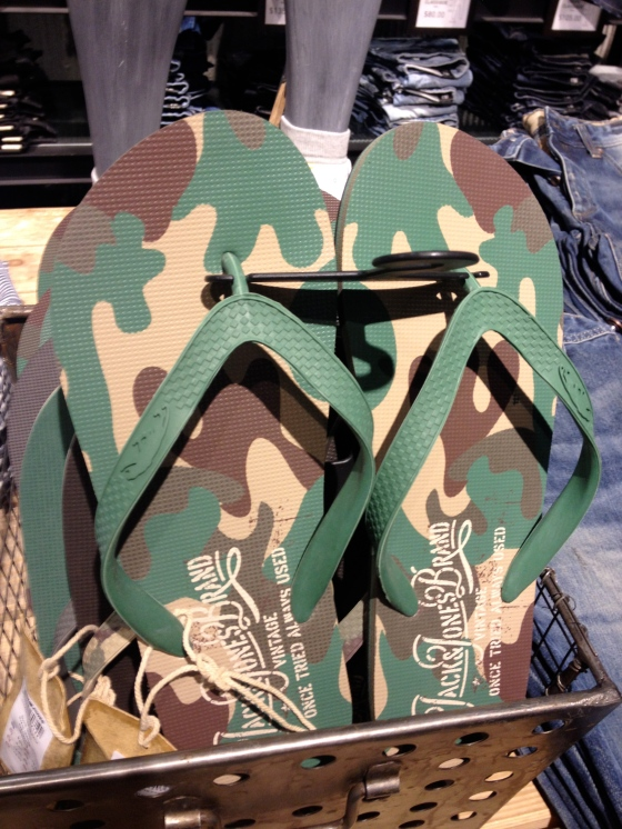 sandale camo